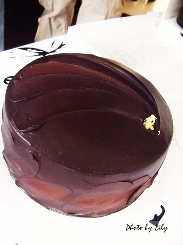 Baileys櫻桃巧克力蛋糕