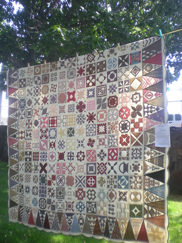 Dear Jane in Bend Outdoor Quilt Show August 15