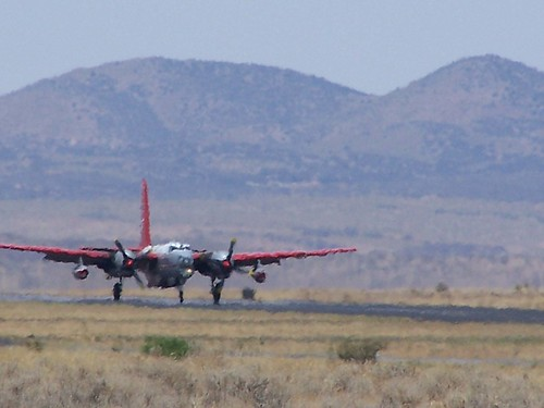 Airtanker lands in New Mexico heat