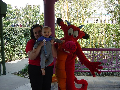 Mitchell, Mushu and Mummy