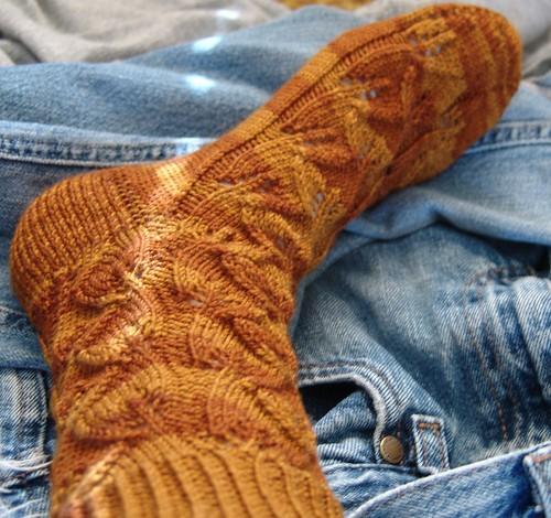 Embossed Leaves Sock