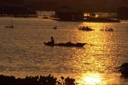 Sunset on Boeung Kak
