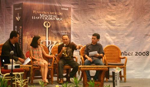 Panca mewakili Goodreads Indonesia di acara Indonesia Book Fair 2008