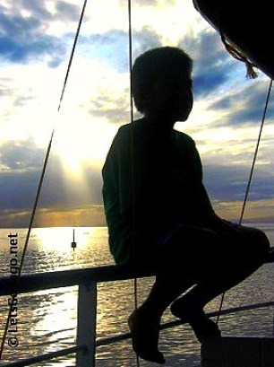 Poser: Child Silhouette @ On the way to Cagayan De Oro