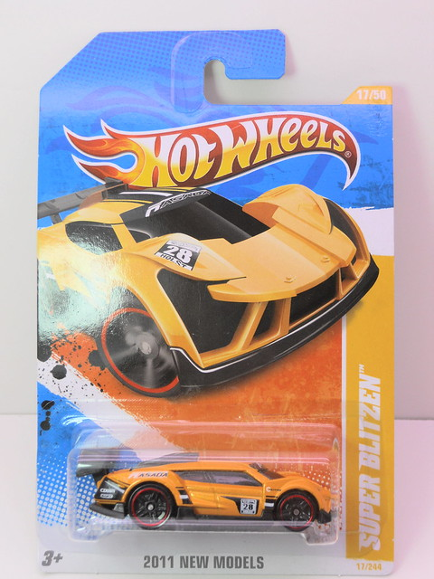 hot wheels super blitzen yellow (1)