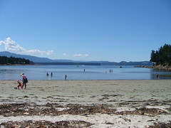One of the twin beaches at Gabriola Sands
