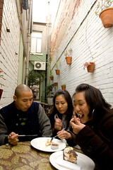 alley lunching