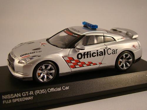 Kyosho Nissan Skyline R35 GTR Safety Car
