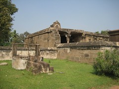 5.Temple Well