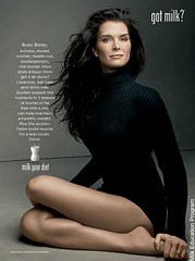 brooke_shields_milk