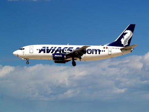 AVIACSA Boeing 737-301 XA-UFW