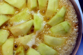 caramelizing the apples