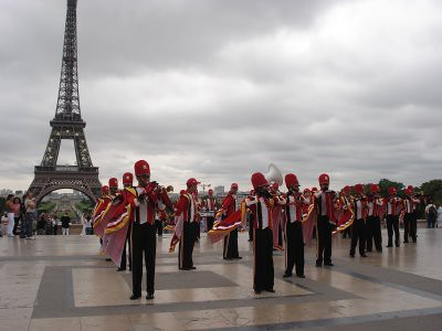 La banda en la Torre Eiffel