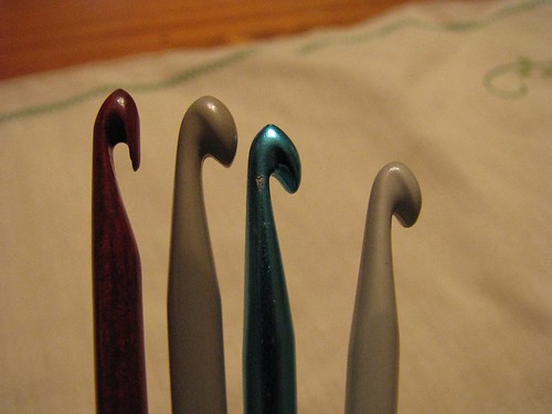 Hook heads