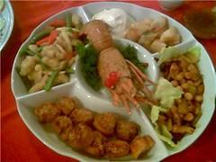 Hot combination dish