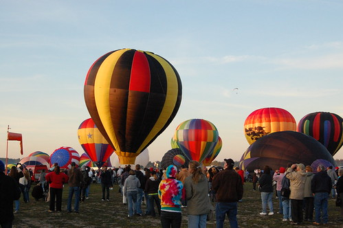 Balloon Festival 9-20-08 by you.