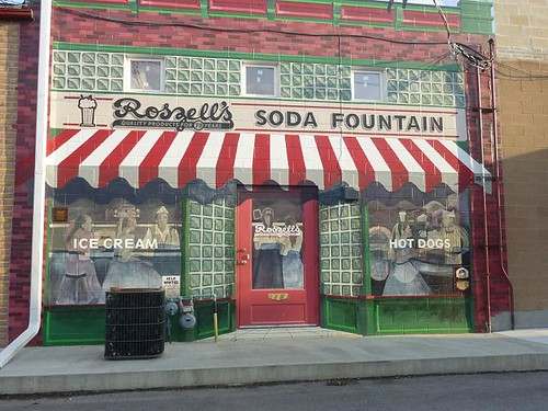 IL, Pontiac 57 - Soda Fountain mural