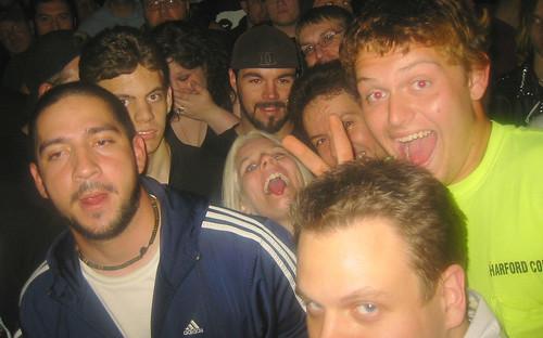 20071023 - Danzig - 141-4107 - Glen, Carolyn, Clint, sticking out tongue