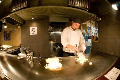 kumamoto-san, okonomiyaki master