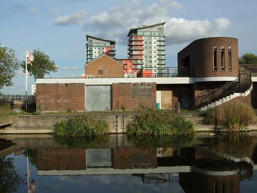 Woolwich Dockyard Aquatic Centre