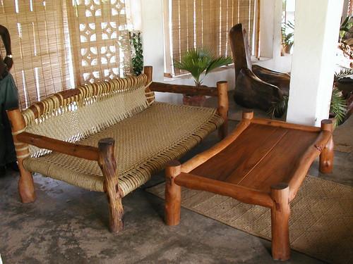 Una cama-sofá suahili