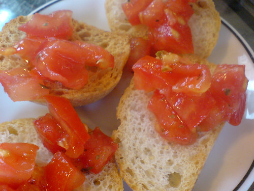 Filharmonico bread with chopped tomatoes