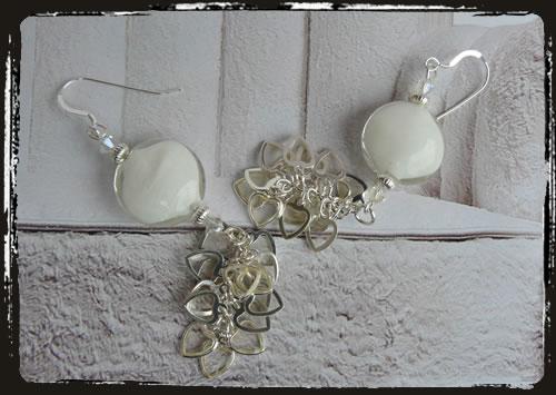 Orecchini bianchi - White earrings AMHFBCU