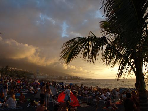Tne beach at sunset