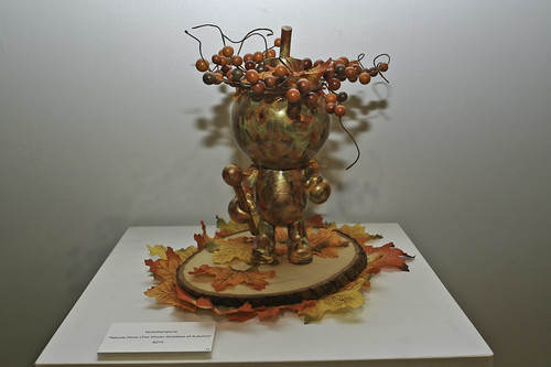 Tatsuta-Hime, The Shinto Goddess of Autumn on her rightful pedestal.
