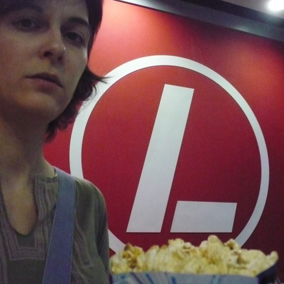 #53 - I eat popcorn in popcorn movies