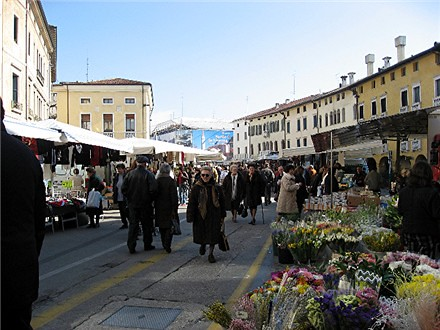 Sacile Market