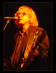 Mike Mills (REM)