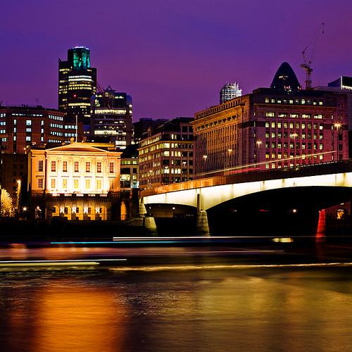 London Bridge (Vertorama)