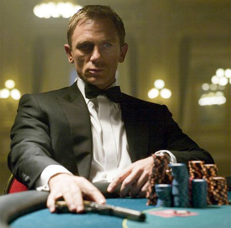 Daniel Craig som James Bond