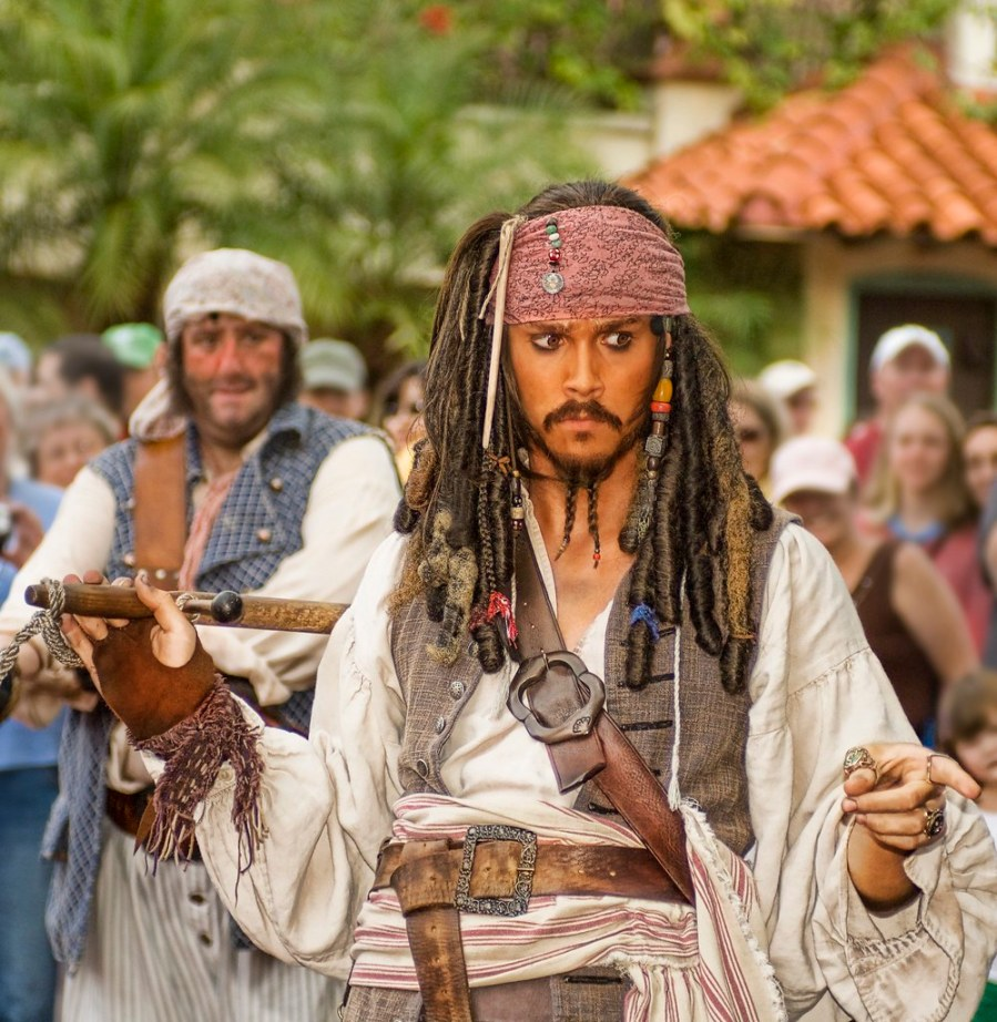 Johnny Depp live on the set as Captain Jack Sparrow