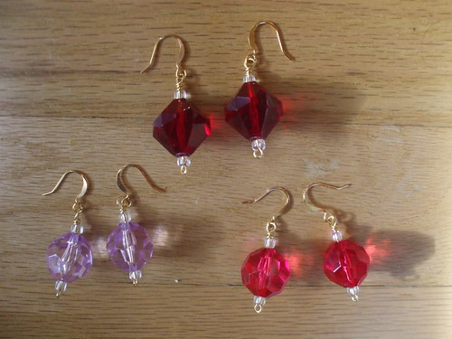 Solo Earrings kit - wine-red, lavender, and hot pink Lucite beads