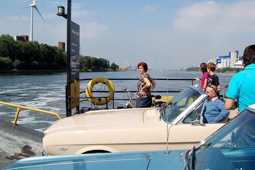 kanaaldorpenfietsplezier > Veerboot Terdonk