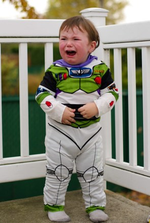 I am NOT buzz lightyear!!