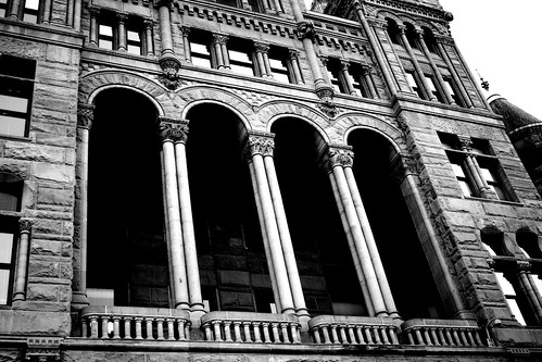 Mary Elizabeth B&W Architecture