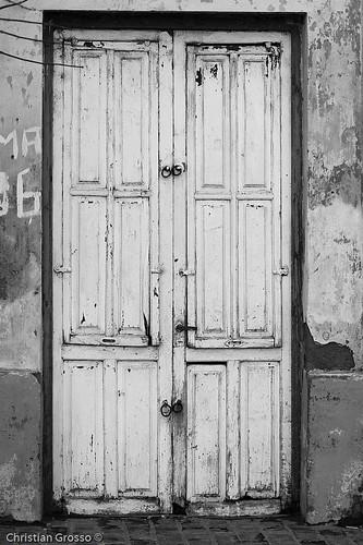 "Uribelarrea • <a style=""font-size:0.8em;"" href=""http://www.flickr.com/photos/20681585@N05/2609044693/"" target=""_blank"">View on Flickr</a>"