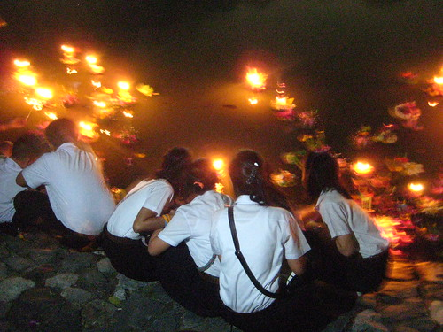 Loy Krathong   Yee Peng Festival in Chiang Mai