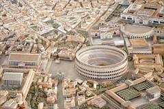 Détail de la maquette de Rome à l'époque de Co...