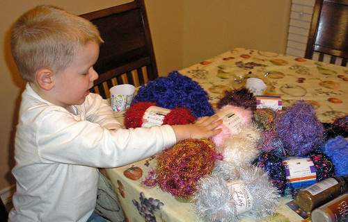 Yarn ornaments (2)