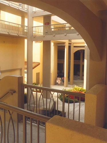 Palm Beach Atlantic University, West Palm Beach, FL, Interior Courtyard