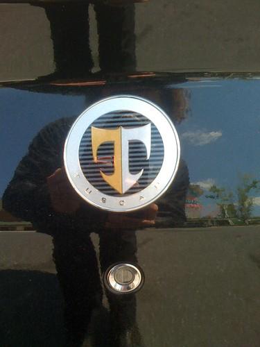 Tuscani Badge
