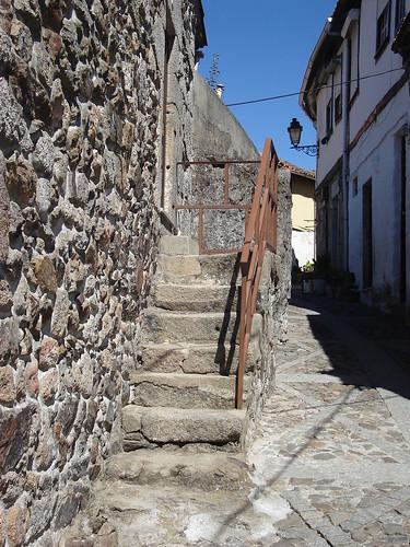 Rua de Lamego, dentro da muralha do Castelo
