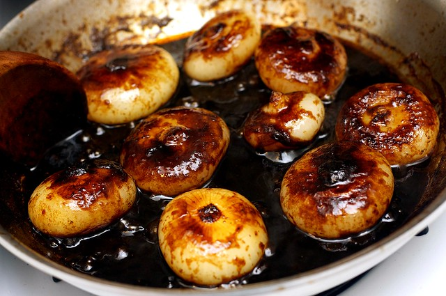 Balsamic Glazed Sweet and Sour Cippoline