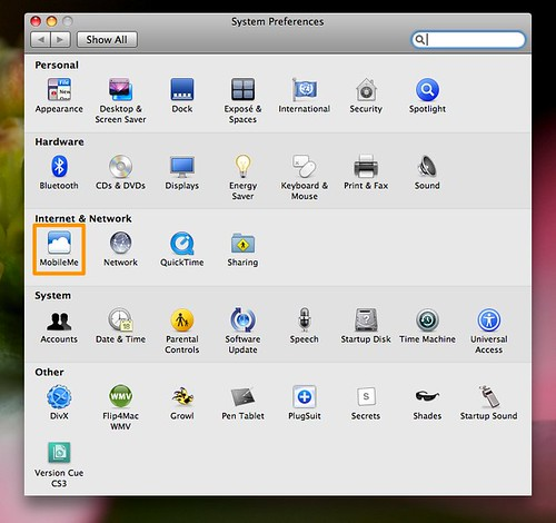 Replaces .Mac on the Preferences Pane, looks... clunky