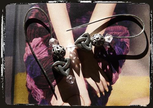 Orecchini rosa nodo celtico - Pink celtic knot earrings MEHNCRO