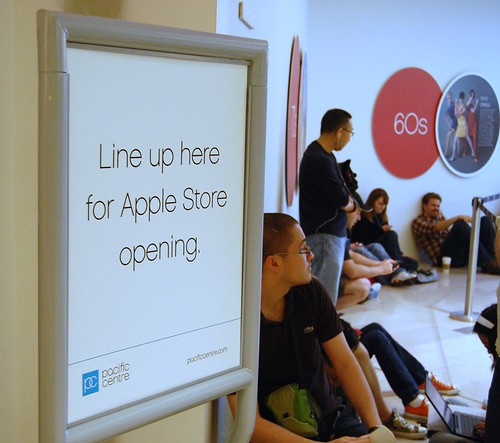 Apple Store Vancouver Opening